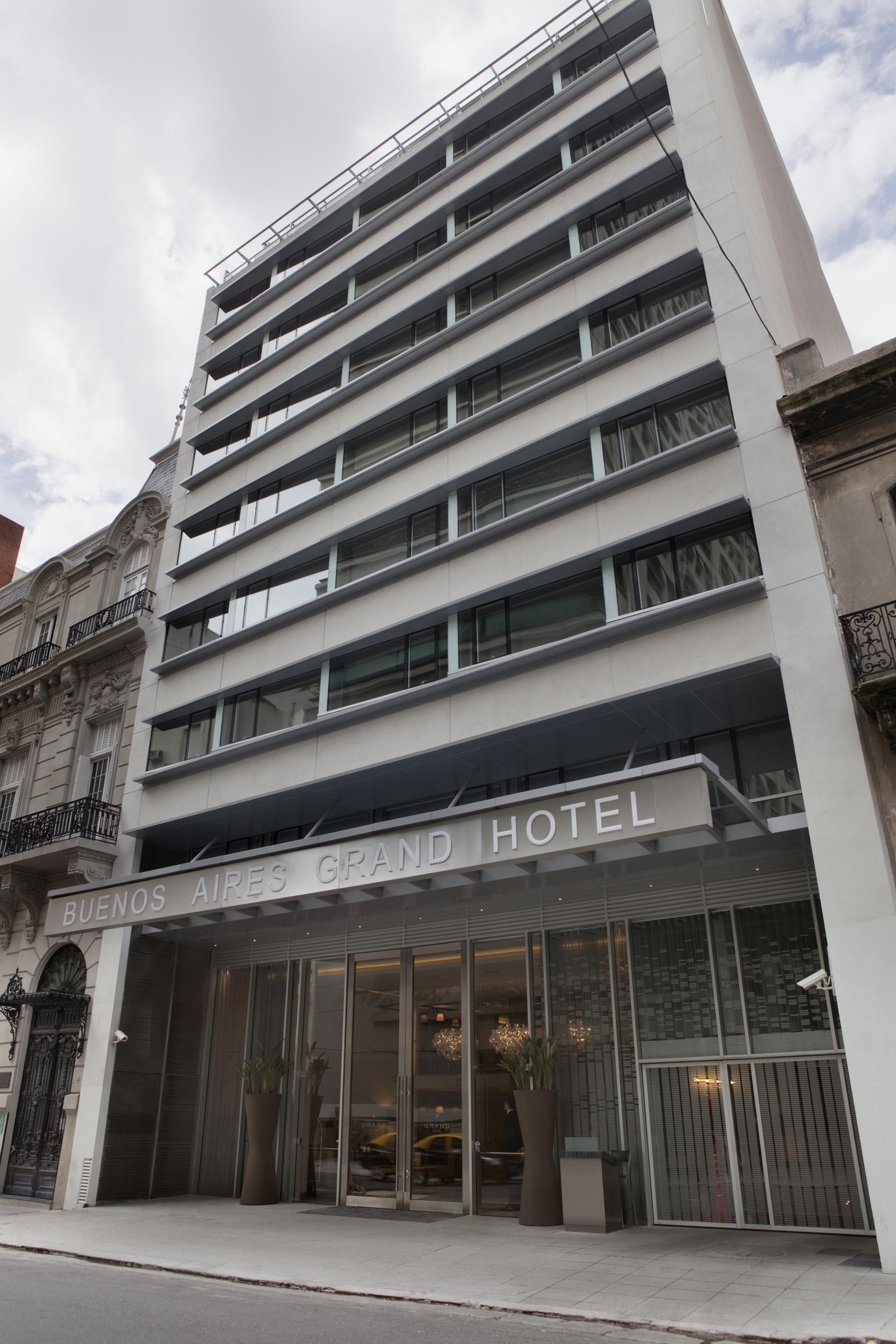 Buenos Aires Grand Hotel ubicado en Las Heras 1745
