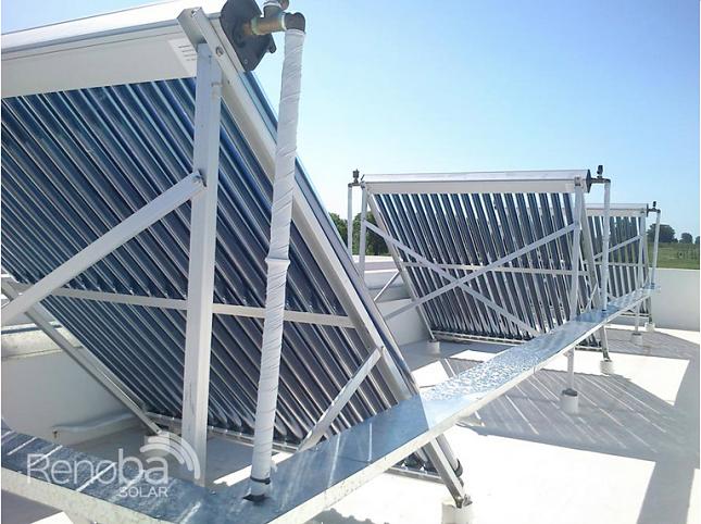 Provision-e-instalacion-de-paneles-solares-para-hoteles-Renoba-Solar-3