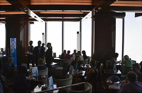 Confiteria-ultimo-piso-Burj-Khalifa-Teleaire