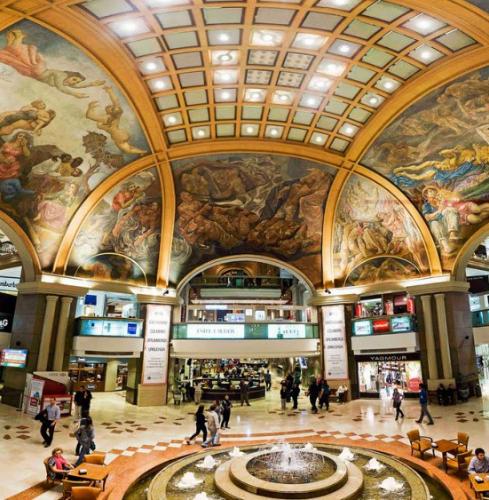 el-shopping-mall-con-arte-historia-vanguardia -galerias-pacifico-destacada