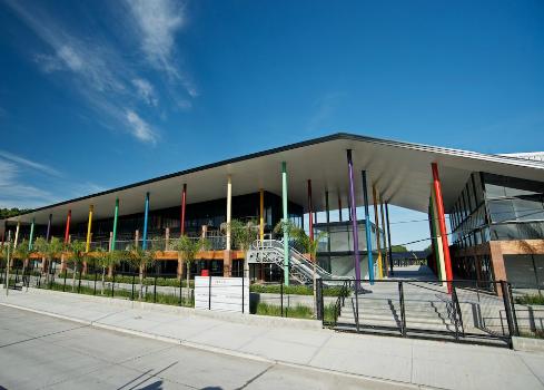 centro-comercial-a-cielo-abierto-en-tigre-docks-del-puerto-2