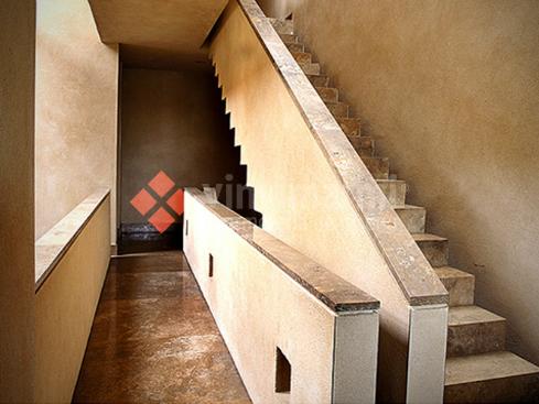 escaleras-de-diseno-a-medida-en-marmol-vinvimarmi-1