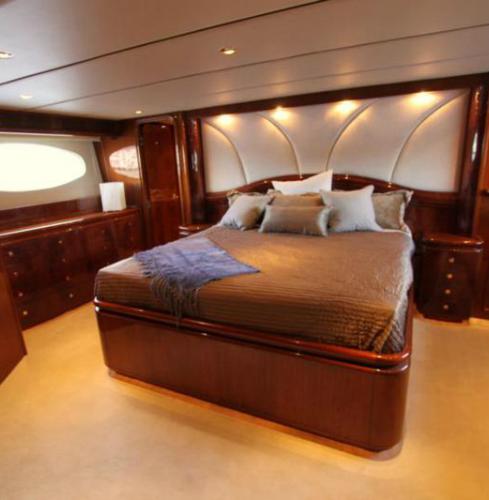 mobiliario-para-yates-y-embarcaciones-mogano-1