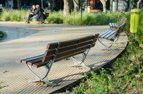 diseno-y-remodelacion-de-espacios-publicos-plaza-en-caseros-meta-fabrica