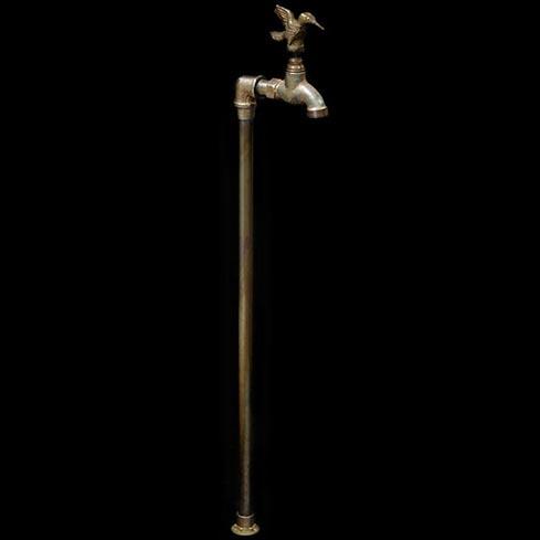 griferia-diseno-jardin-robinet-6