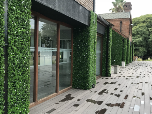 jardn-vertical-sin-mantenimiento-para-exteriores-club-hipico-aleman-just-green-2