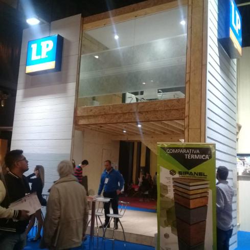 paneles-constructivos-eficientes-para-la-construccion-presencia-en-batev-sipanel-1