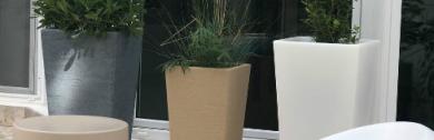 maceteros-en-plastico-simil-piedra-para-exterior-moldava-destacada