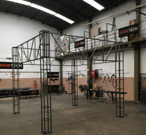 sistemas-modulares-para-armado-de-stands-showtech-21