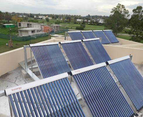 Calefacción central solar para casas – San Vicente – Renoba Solar