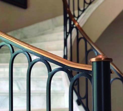 Baranda de escalera para residencia en zona norte – Galo Herrajes