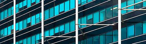 Fachadas vidriadas en carpintería de aluminio – Aberturas del Pilar
