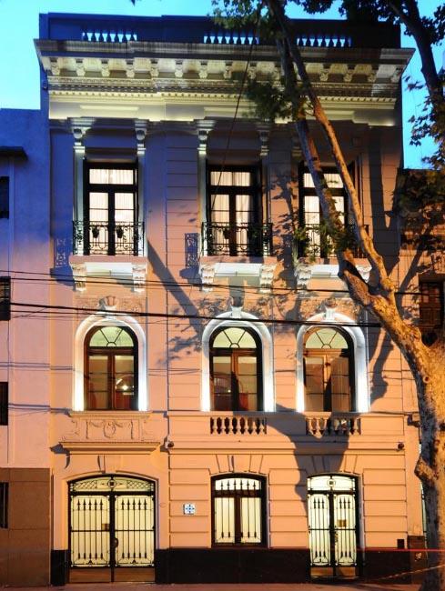 Diseño & construcción de Hotel Boutique en Abasto – Casa Umare – Arq. Pablo Pérez Raggio