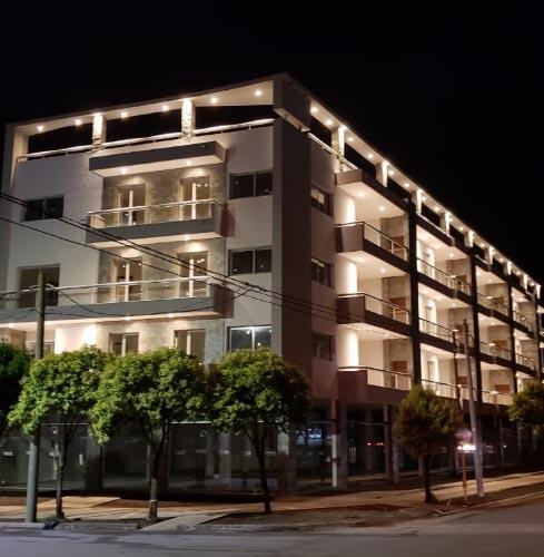 Diseño & construcción de emprendimientos en Villa Carlos Paz – La Casona – UP Arquitectura