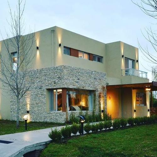 Construcción de casa en mano – Zona Oeste- Construcciones del Oeste