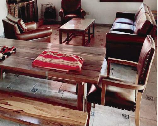 Muebles estilo campo en madera maciza – a medida – Estancia Saladillo – Bazzioni